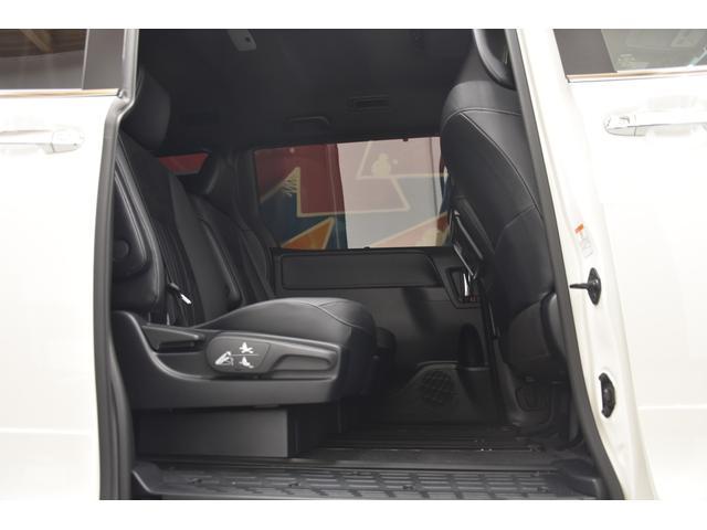 Gi プレミアムパッケージ ブラックテーラード モデリスタコンプリートカー 両側電動スライドドア 特別仕様車ハーフレザー プッシュスタート 衝突軽減TSS付き(54枚目)
