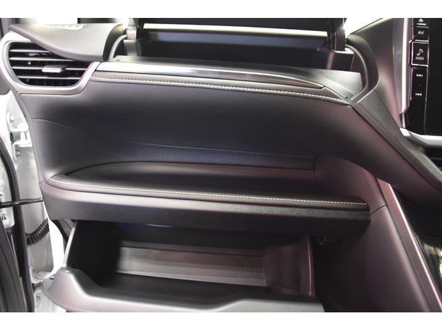 Gi プレミアムパッケージ ブラックテーラード モデリスタコンプリートカー 両側電動スライドドア 特別仕様車ハーフレザー プッシュスタート 衝突軽減TSS付き(73枚目)
