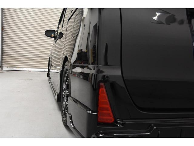 ZS ZEUSコンプリートカー 19インチAW 車高調 アルパインBIGX10型ナビ アルパイン12.8型フリップダウンモニター 4本出しマフラー バックフォグ(25枚目)