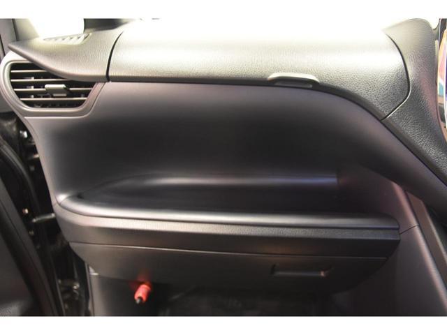 ZS ZEUSコンプリートカー 19インチAW 車高調 アルパインBIGX10型ナビ アルパイン12.8型フリップダウンモニター 4本出しマフラー バックフォグ(72枚目)