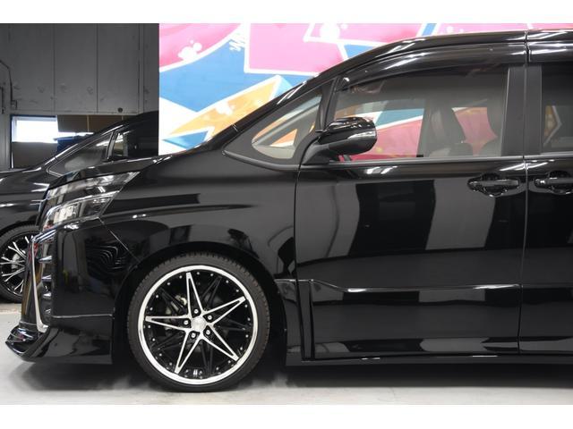 アドミレイションコンプリートカー 新品WORK19AW TEIN車高調 4本出しマフラー アルパイン11型ナビ リアモニター GEALシートカバー 両側電動スライドドア(26枚目)
