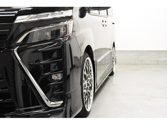 ZS 煌III アドミレイションコンプリートカー 新品19インチAW BLITZ車高調 ヴァレンティREVOテールランプ 両側電動スライドドア トヨタセーフティーセンス(30枚目)