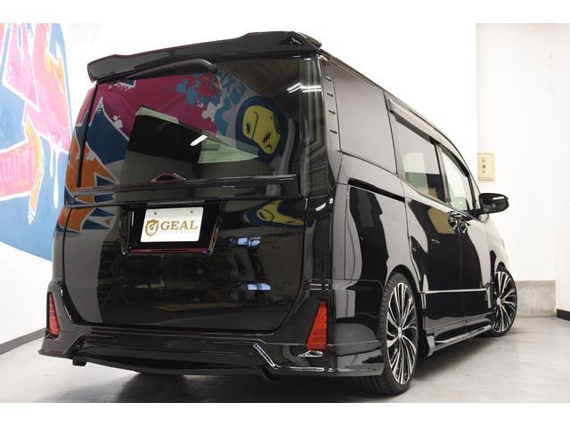 ZS 煌III 新車 ROJAMコンプリートカー 新品19インチAW 新品BLITZ車高調 ヴァレンティREVOテールランプ AVANTIリアガーニッシュ 両側電動スライドドア プッシュスタート 衝突軽減TSS付き(8枚目)