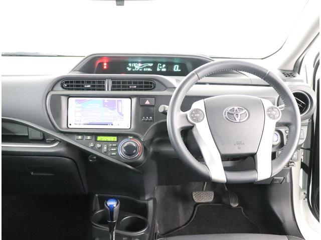 「トヨタ」「アクア」「コンパクトカー」「大阪府」の中古車4