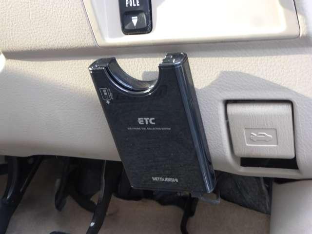トヨタ ラウム 1.5 Gパッケージ 純正DVDナビ ETC