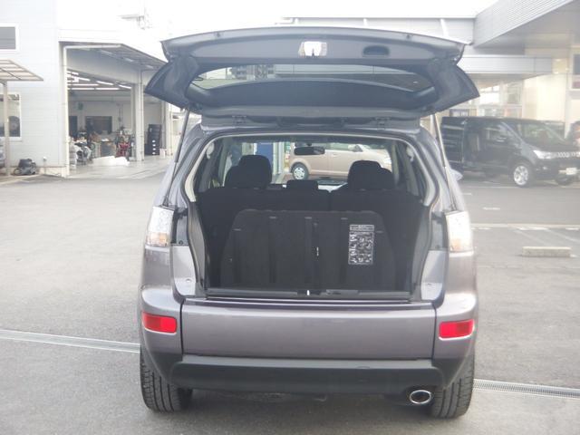 「三菱」「アウトランダー」「SUV・クロカン」「京都府」の中古車31
