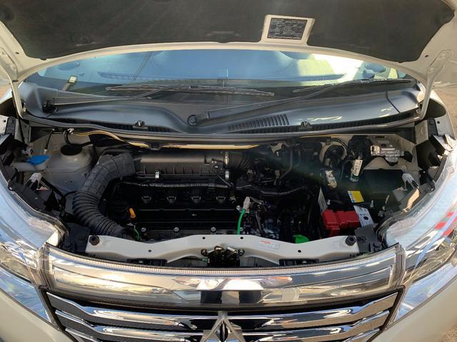 エンジンルーム内の汚れもしっかり清掃!!!当然納車前には三菱車を知り尽くしたプロのメカニックによる徹底した整備を実施します。