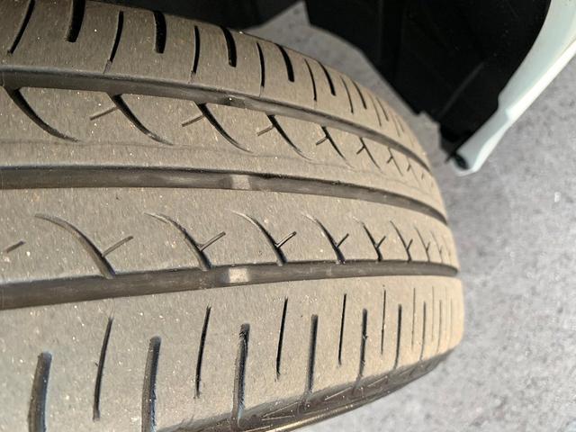 タイヤは、