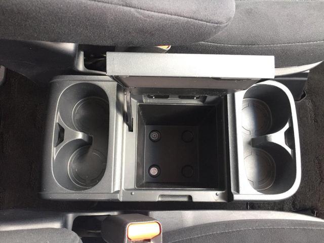 後方視界確保の補助サポートの為で便利 安心なバックカメラです。