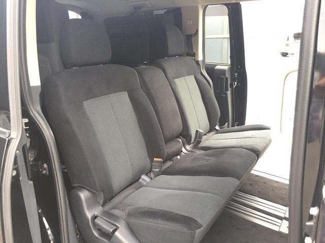 京都三菱は「新車下取車」を中心に常時100台以上のグループ在庫を保有しております。当社で新車販売させて頂きました車両が入庫させて頂きました車両です。