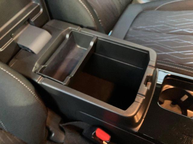 Gプラスパッケージ ワンオーナー車 USBケーブル ブルートゥース機能 マルチカメラ オートクルーズ機能 ETC アイドリングストップ機能 オートマッチクハイビーム LEDヘッドライト アルミホイール付き(39枚目)