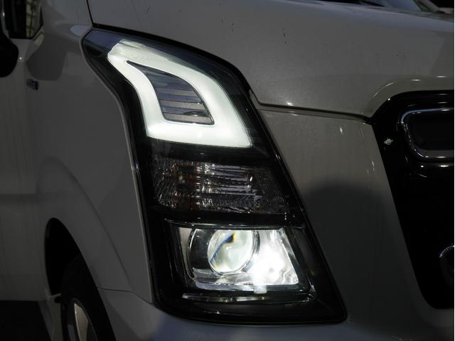 おしゃれで特徴的なヘッドライト♪◆◇◆お車の詳しい状態やサービス内容、支払プランなどご不明な点やご質問が御座いましたらお気軽にご連絡下さい。【無料】0066-9703-493202