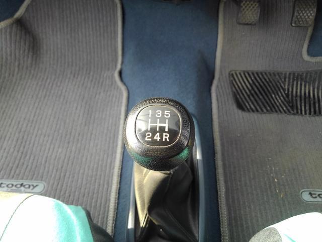 XTi 純正5速MT・PGM-FI 12VALVE・純正オプションシートカバー・純正ドアバイザー・純正ホイールキャップ・コーナーポール・フルオリジナル・タイミングベルト交換(23枚目)