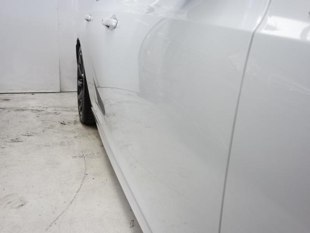 「クライスラー」「クライスラー300」「セダン」「兵庫県」の中古車36