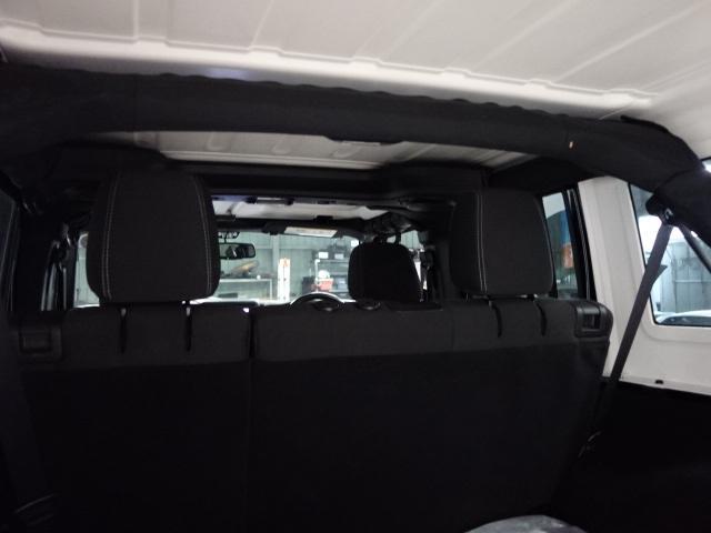 「その他」「ジープラングラーアンリミテッド」「SUV・クロカン」「兵庫県」の中古車31
