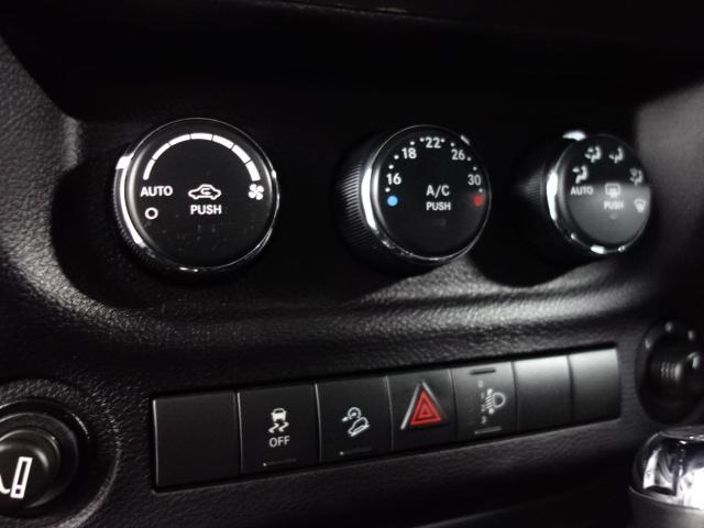 「その他」「ジープラングラーアンリミテッド」「SUV・クロカン」「兵庫県」の中古車36