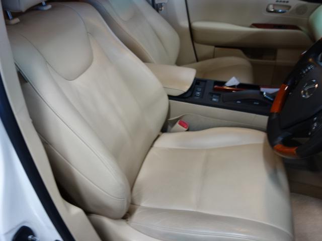 「レクサス」「RX」「SUV・クロカン」「兵庫県」の中古車17