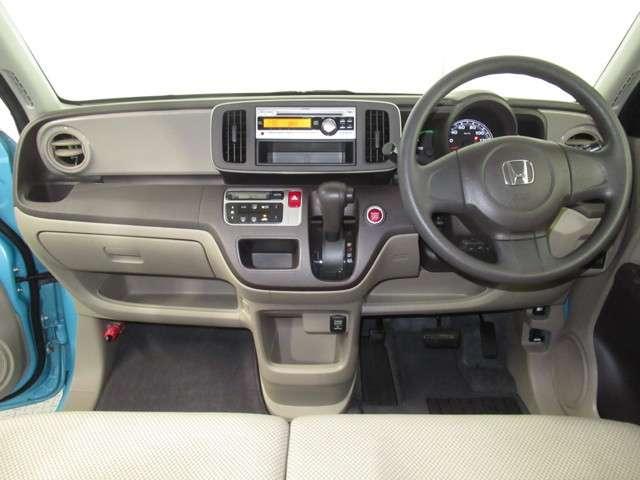 G CDプレーヤー オートエアコン 電動格納ミラー 14インチアルミ ベンチシート チップアップシート オートエアコン ワンオーナー スマートキー アイドリングストップ(2枚目)
