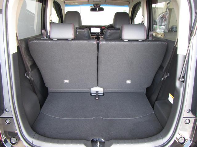 ★後席シートスライド機能★後席は、前後にスライドできます。人が乗るときと、荷物を積むときと、シートアレンジが変えれる便利な機能です。