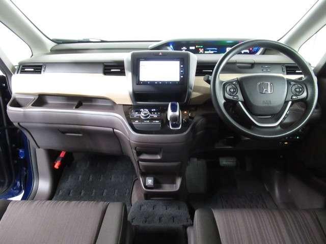 ハイブリッド・Gホンダセンシング 社用車 ETC LED 両側電動スライド Bluetoothオーディオ オートライト(9枚目)