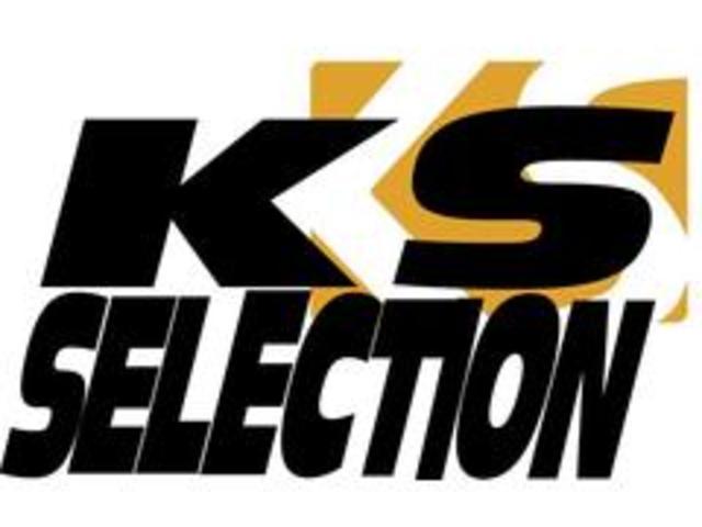 KS-SELECTION和泉店0725-99-8777 《和泉市三林町824》で住所検索して下さい!和泉市みずき台入口ファミリーマート横、光明台3丁目バス停から徒歩3分、最寄駅は光明池となります。