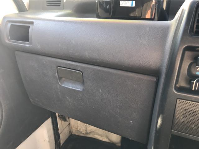 ダンプ 5MT 4WD PTO タイベル交換済 AC PS(11枚目)