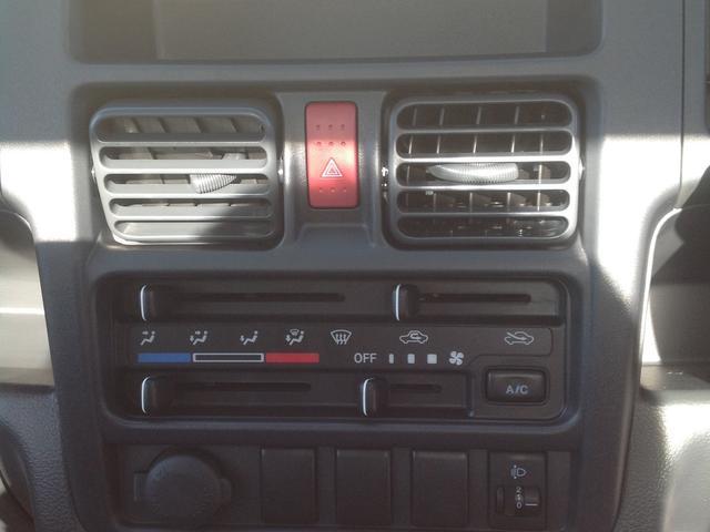 DX 軽自動車・トラック・フロア5速マニュアル(18枚目)