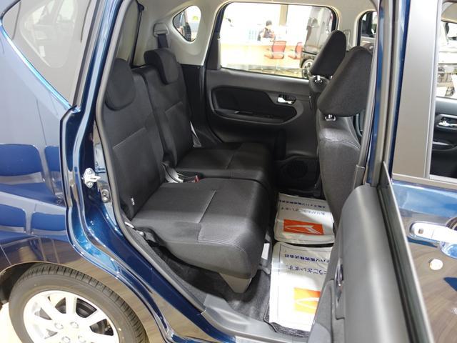 XリミテッドII SAIII LEDヘッドライト バックカメラ 運転席シートヒーター スマートアシスト3(14枚目)