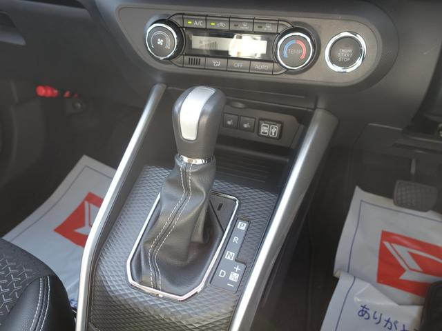 プレミアム 9インチナビゲーション  クルーズコントロール  コーナーセンサー シートヒーター  ブラインドスポットモニター  スマートアシスト ターボ(19枚目)