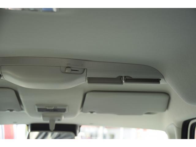 ハイブリッドXS 全方位カメラ付き 届け出済み未使用車(17枚目)