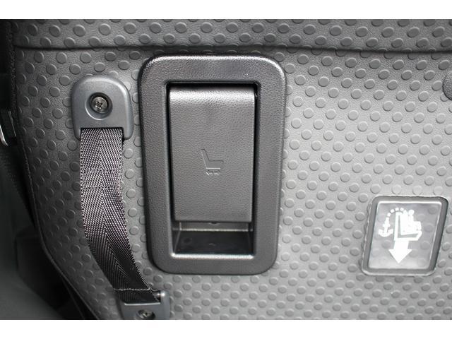 GターボリミテッドSAIII 軽自動車 届出済未使用車 衝突被害軽減ブレーキ プッシュスタート LEDヘッドランプ&フォグ パノラマ対応カメラ付き AW(23枚目)