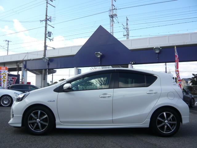 「トヨタ」「アクア」「コンパクトカー」「大阪府」の中古車5