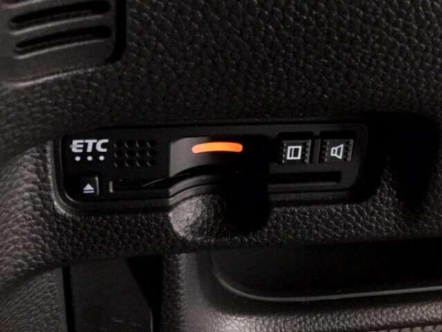 G・Lホンダセンシング 純正7インチメモリーナビ オートリトラミラー プラズマクラスター搭載フルオートエアコン 両側電動スライドドア エアーバックシステム サイドカーテンエアーバックシステム ブラック塗装 切削14インチAW(15枚目)