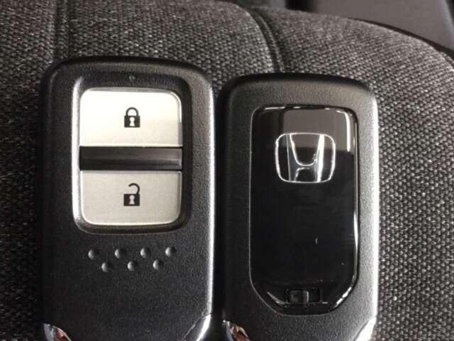 e:HEVホーム 純正Gathers 9インチナビ(VXU-205FTI) LEDヘッドライト Honda   CONNECT for Gathers ナビ装着用スペシャルパッケージ 当社デモカー ホンダセンシング(14枚目)