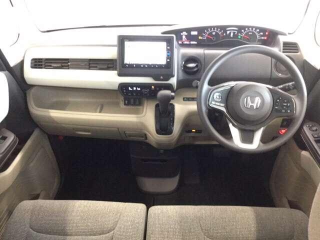 G・Lホンダセンシング 純正Gathers7インチナビ(VXM-204VFI) ナビ装着用スペシャルパッケージ  ETC車載器 運転席助手席シートヒーター リア左側パワースライドドア リアカメラ フルセグ 当社デモカー(2枚目)