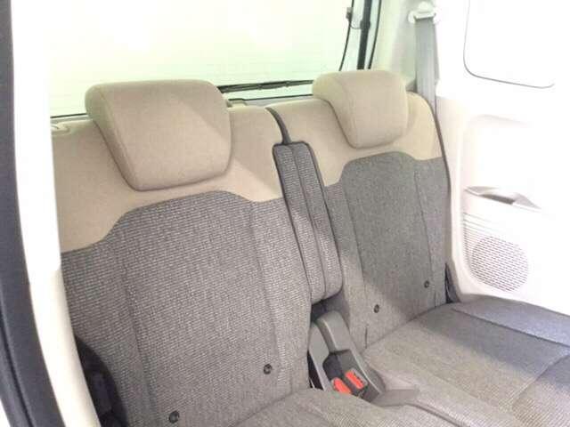 G・Lホンダセンシング 純正Gathers7インチナビ(VXM-204VFI) ナビ装着用スペシャルパッケージ  ETC車載器 運転席助手席シートヒーター リア左側パワースライドドア リアカメラ フルセグ 当社デモカー(9枚目)