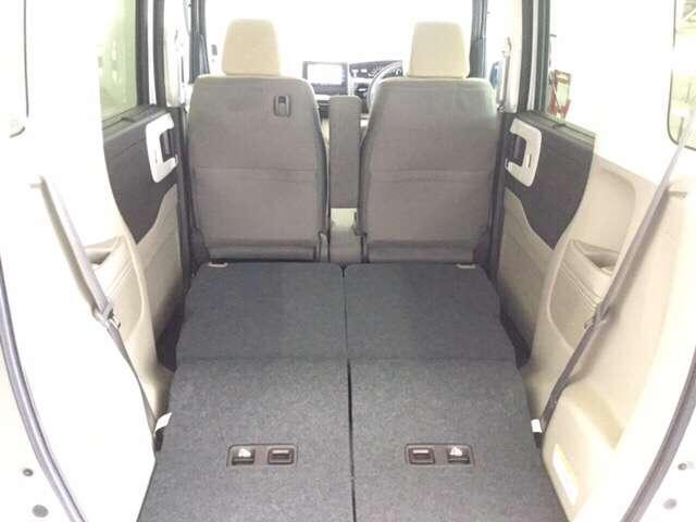 G・Lホンダセンシング 純正Gathers7インチナビ(VXM-204VFI) ナビ装着用スペシャルパッケージ  ETC車載器 運転席助手席シートヒーター リア左側パワースライドドア リアカメラ フルセグ 当社デモカー(12枚目)