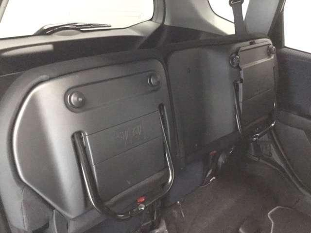13G・スマートセレクション Honda HDDインターナビシステム Fパッケージ ディスチャージヘッドライト ETC ワンセグ オートライト リヤカメラ イモビライザー ABS(10枚目)