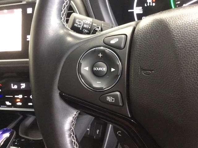 ハイブリッドZ・ホンダセンシング Hondaインターナビ リンクアップフリー 運転席助手席シートヒーター LEDヘッドライトフォグライト 本革シート 17インチAW ルーフレール 運転席8way助手席4wayパワーシート リヤカメラ(6枚目)