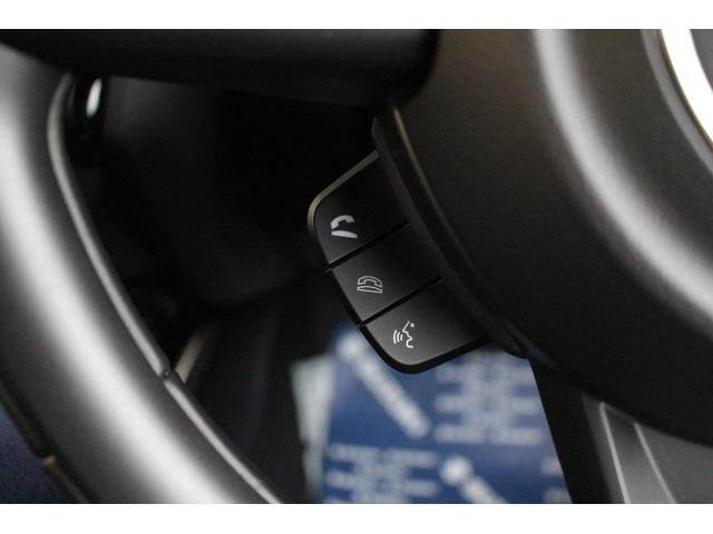 ボタン1つで電話に出たり切ったりする事が出来ます!Bluetoothの電話は音が大きいので要注意です…!