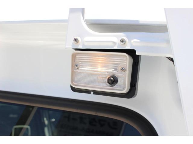 X 前方・後方誤発進抑制機能 5MT 荷台灯 ディスチャージヘッドライト エアコン キーレス(7枚目)