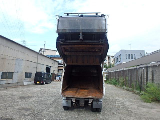 極東製4.2立米プレスパッカー車(12枚目)