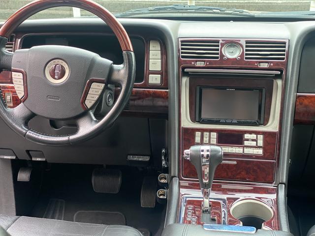 「リンカーン」「リンカーンナビゲーター」「SUV・クロカン」「京都府」の中古車16