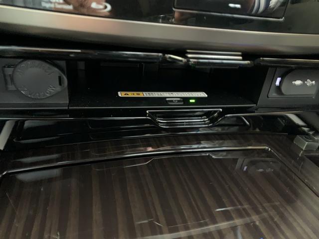 「レクサス」「LX」「SUV・クロカン」「大阪府」の中古車52