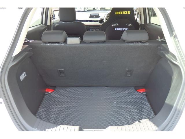 15MB 6MT ブリッドバケットシート 純正シートあり 車高調 社外マフラー エンケイ16AW ウインカーミラー LEDライト HIDフォグ ETC USB対応(18枚目)