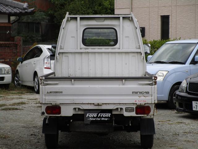 ベースグレード4WD 4MT(3枚目)