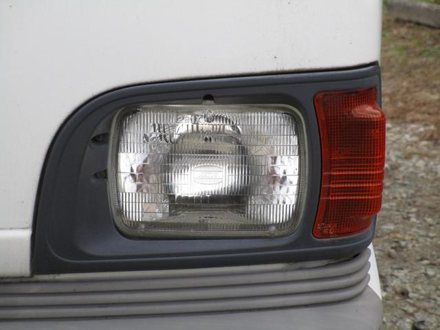 ベースグレード4WD 4MT(10枚目)