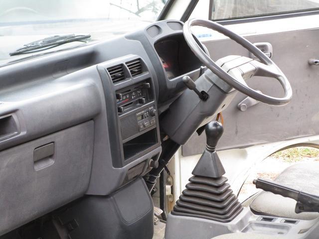 ベースグレード4WD 4MT(17枚目)