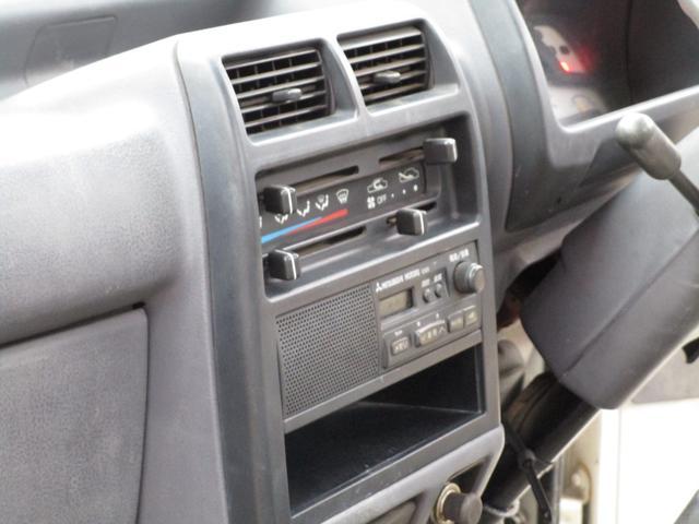 ベースグレード4WD 4MT(18枚目)