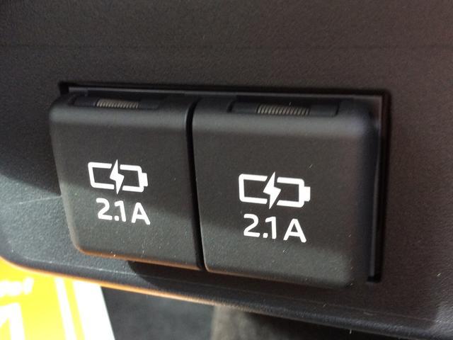 G クエロ 3列シート・両側電動スライド・キーフリー(4枚目)